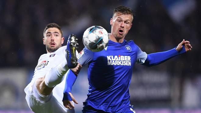 Umkämpftes Spiel in Karlsruhe: Aue rettet Unentschieden