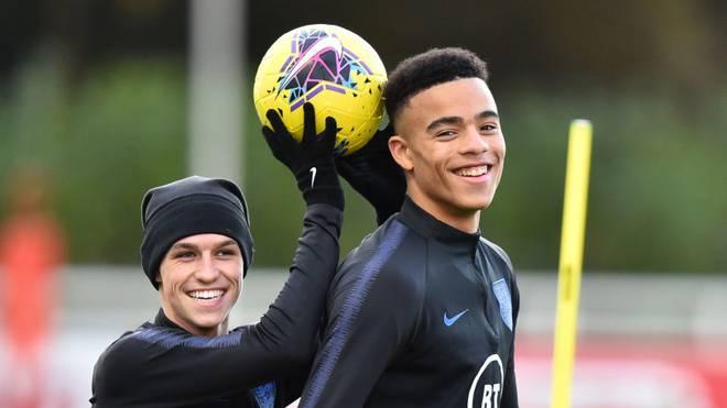 Phil Foden (l.) und Mason Greenwood 2019 im Training der englischen U21-Nationalmannschaft