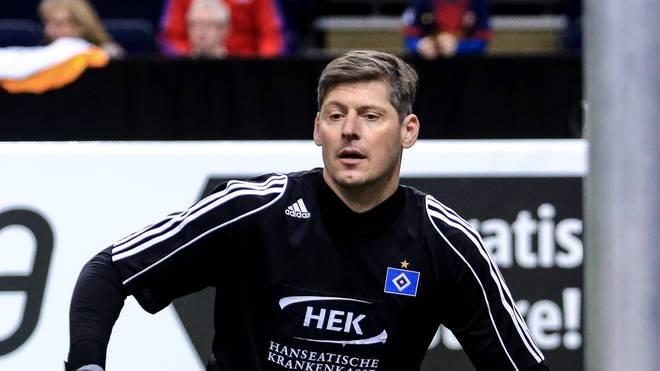Richard Golz streifte sich auch nach seiner Karriere ab und an das HSV-Trikot über
