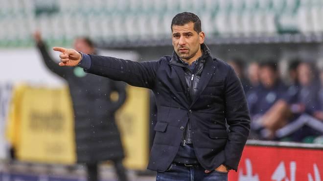 Dimitrios Grammozis und der FC schalke bekommen es mit dem FC Augsburg zu tun