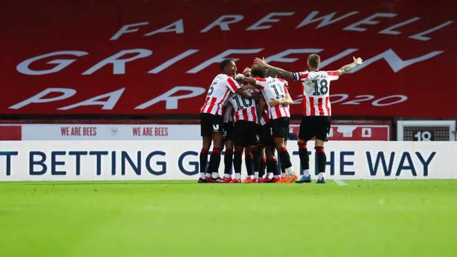 Brentford feiert gegen Swansea ein letztes Mal im Griffin Park
