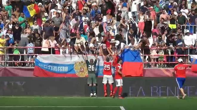Russland und Polen im Socca-Finale