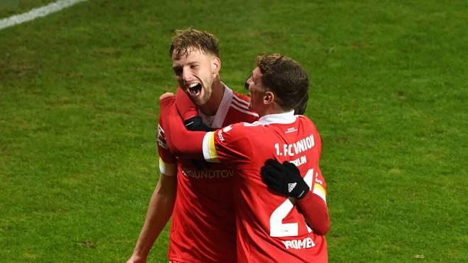 Marvin Friedrich freut sich über seinen Siegtreffer gegen Dortmund