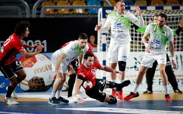 Die Slowenen (in Weiß) sind bei der Handball-WM nach dem Remis gegen Ägypten ausgeschieden