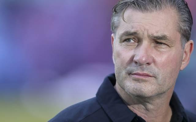 BVB-Sportdirektor Michael Zorc verteidigt die Mannschaft