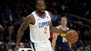 LOS ANGELES, CALIFORNIA - OCTOBER 10:  Kawhi Leonard #2 of the LA Clippers dribbles during a 111-91 Denver Nuggets preseason win at Staples Center on October 10, 2019 in Los Angeles, California. (Photo by Harry How/Getty Images)