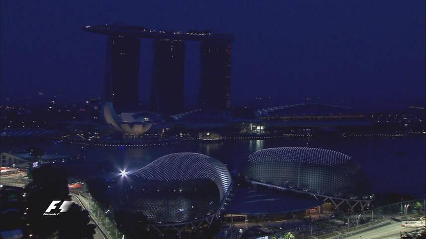 Das Nachtrennen in Singapur steht auf dem Programm. Neben einer atemberaubender Kulisse ist auch spannende Action auf dem Stadtkurs garantiert. SPORT1 hat die Bilder des Rennens