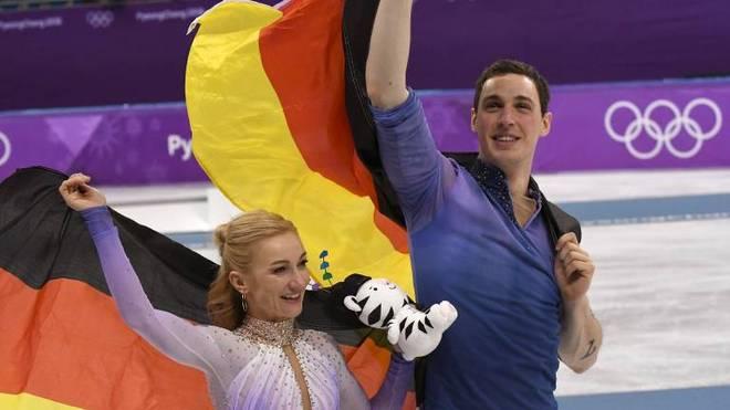 Die Olympiasieger von 2018 Aljona Savchenko und Bruno Massot beenden ihre gemeinsame Karriere
