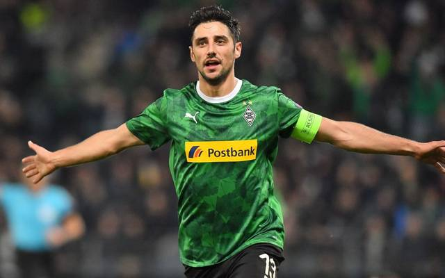 Moenchengladbach's German forward Lars Stindl celebrates after scoring during the Europa League football match between Wolfsberg RZ Pellets WAC and Borussia Moenchengladbach in Graz on November 28, 2019. (Photo by JOE KLAMAR / AFP) (Photo by JOE KLAMAR/AFP via Getty Images)