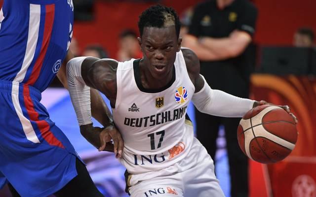 Dennis Schröder spielt mit dem DBB-Team Ende Juni 2021 um das Olympia-Ticket