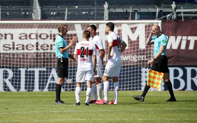 Der VfB war nicht gut auf Schiri Sascha Stegemann zu sprechen