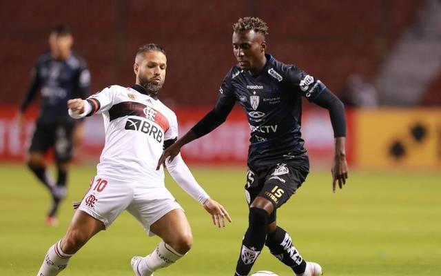 Auch der frühere Bremer Diego (l.) ist bei Flamengo mit dem Coronavirus infiziert