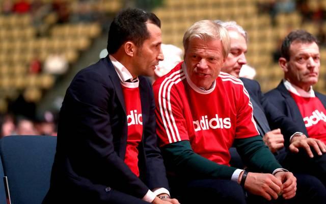 Oliver Kahn (r.) nimmt ab dem 1. Januar seine Tätigkeit im Vorstand des FC Bayern auf