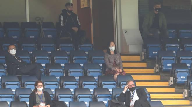 Timo Werner (rechts oben) sah auf der Tribüne zu, wie sich sein neuer Klub FC Chelsea für die Champions League qualifizierte