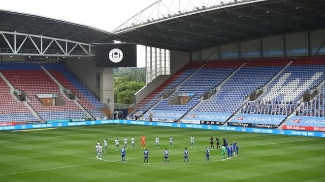 Zweitligist Wigan Athletic soll die Saison noch zu Ende spielen