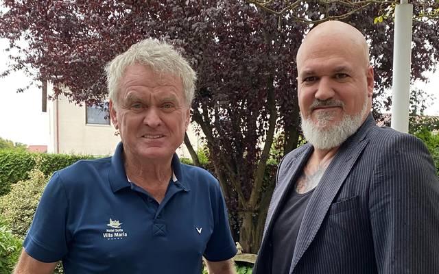 Erst gab's das Skype-Interview, dann das persönliche Treffen: SPORT1-Reporter Reinhard Franke (r.) und Sepp Maier