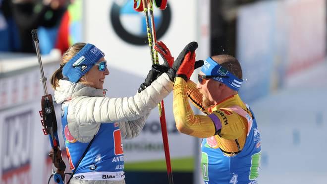 Franziska Preuß und Erik Lesser durften sich über Silber in der Single-Mixed-Staffel freuen
