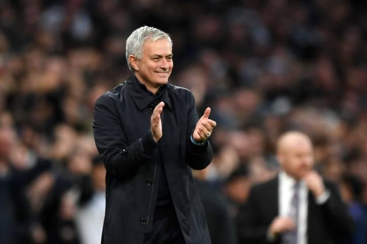 José Mourinho und Tottenham Hotspurs dienen wohl als Vorbild für einen erfolgreichen Trainerwechsel. Nach dem Aus von Mauricio Pochettino übernahm der Portugiese die Spurs und führte den Verein wieder in die obere Tabellenhälfte
