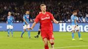 """Fraglich bleibt, ob die Bayern im Winter 35 bis 40 Millionen Euro investieren, um """"nur"""" einen Ersatzstürmer für Lewandowski zu erhalten. Der wuchtige Haaland (1,94 m), auch """"Bestie"""" genannt, würde jedenfalls ins Anforderungsprofil passen, wenn ein Backup für Lewandowski gesucht wird"""
