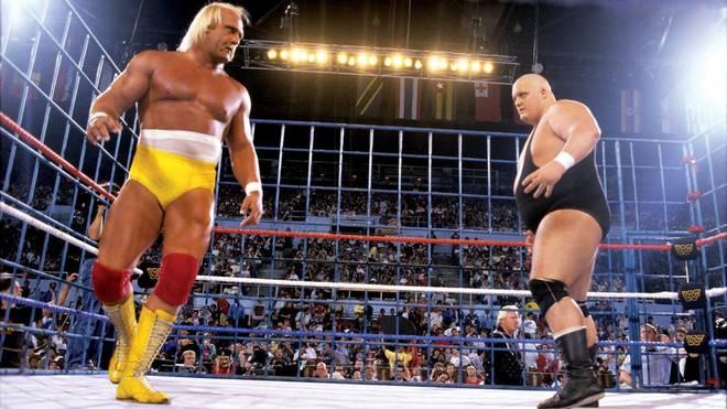 King Kong Bundy (r.) war bei WrestleMania II Gegner von Hulk Hogan