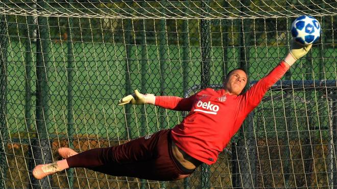 Marc-André ter Stegen steht nach seiner Verletzung wieder im Training