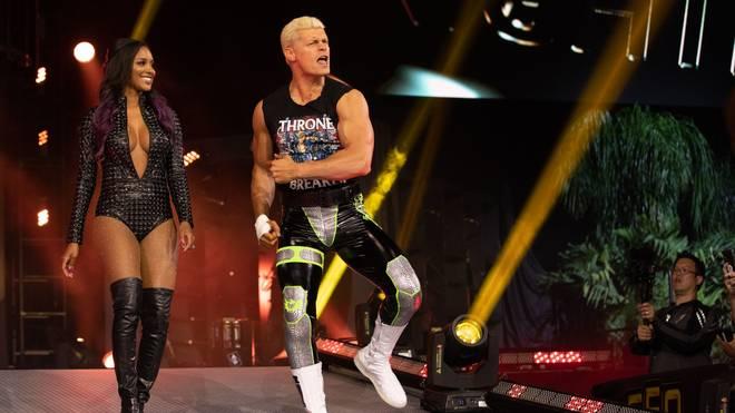 Cody Rhodes (mit Ehefrau Brandi) greift bei AEW Full Gear nach dem Titel