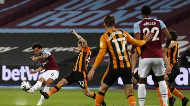 Drei Corona-Fälle - West Ham spielt trotzdem