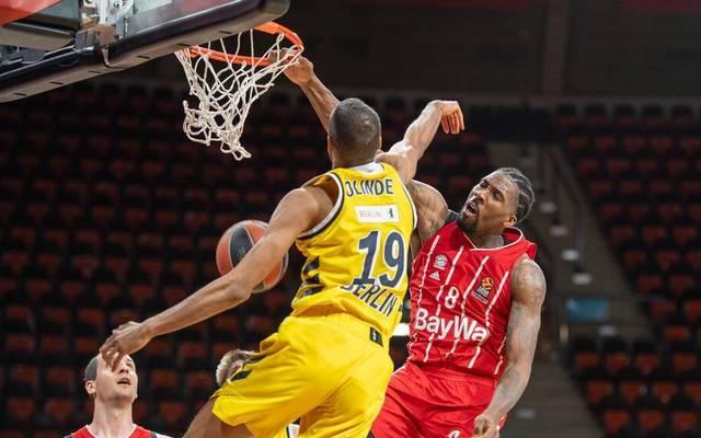 Louis Olinde (ALBA Berlin) lieferte sich in der EuroLeague ein heißes Duell mit Jalen Reynolds vom FC Bayern München