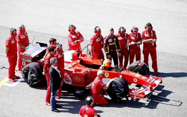 Mick Schumacher fährt im legendären Auto seines Vaters