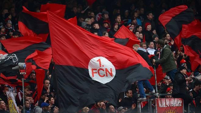 Ein Fan des 1. FC Nürnberg ist während der Partie gegen den FC St. Pauli gestorben