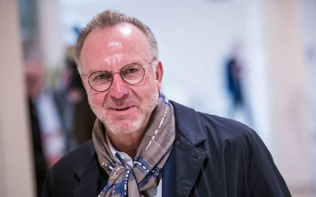 Karl-Heinz Rummenigge spricht sich dafür aus, die Saison trotz Coronakrise irgendwie zu Ende zu spielen