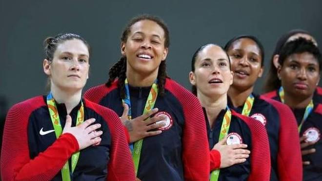 Maya Moore (2.v.l.) gewann 2016 mit den USA zum zweiten Mal Olympia-Gold