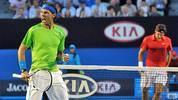 Es ist eines der größten Duelle im Tennis-Sport aller Zeiten, eines wie McEnroe gegen Connors, Becker gegen Edberg oder Sampras gegen Agassi. Am Freitag treffen Roger Federer und Rafael Nadal im Halbfinale der Australian Open zum 33. Mal aufeinander. SPORT1 blickt auf legendäre Duelle der beiden so gegensätzlichen Spieler zurück