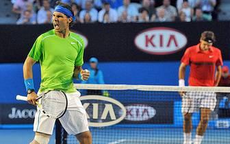 Es ist eines der größten Duelle im Tennis-Sport aller Zeiten, eines wie McEnroe gegen Connors, Becker gegen Edberg oder Sampras gegen Agassi. Am Freitag treffen Roger Federer und Rafael Nadal im Halbfinale der Australian Open zum 33. Mal aufeinander. SPOR