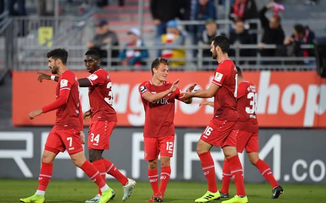 Die Würzburger Kickers schlugen den SV Meppen und ziehen an diesen in der Tabelle vorbei