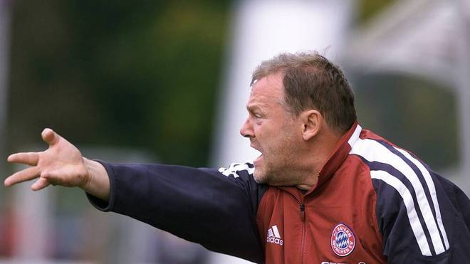 Gerland als Coach der Amateure des FC Bayern im Jahr 2002