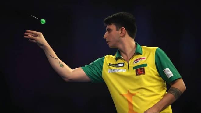 Diogo Portela ist der beste Darts-Spieler aus Brasilien