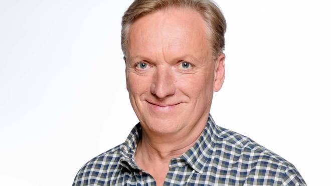 "Der langjährige Dopa-Moderator Rudi Brückner kehrt für ""Doppelpass on Tour"" zurück zum Kultformat"
