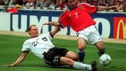 Dieter Eilts im EM-Finale 1996 gegen Tschechien