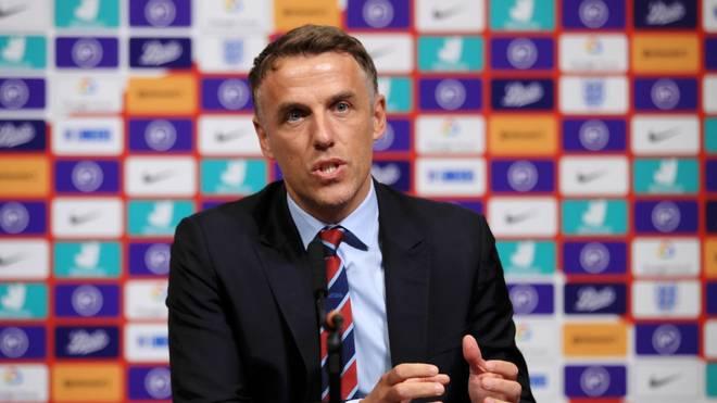 Phil Neville hört im Sommer offenbar als Nationaltrainer von Englands Frauen auf