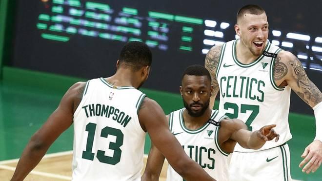 Daniel Theis (r.) und die Boston Celtics verloren in der NBA auch gegen die Memphis Grizzlies