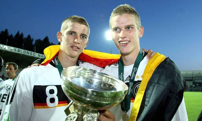 Lars Bender (left) and Sven Bender became European champions with the German U19 in 2008