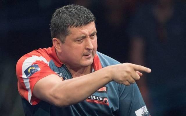 Mensur Suljovic will die Schmach der vorjährigen Darts-WM wieder gut machen