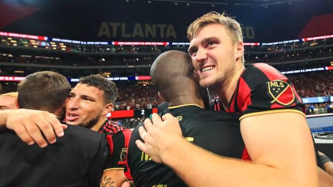 Julian Gressel (r.) steht mit Atlanta United im Playoff-Viertelfinale