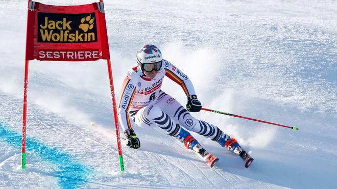 Viktoria Rebensburg hat beim Parallel-Wettbewerb keine echte Chance
