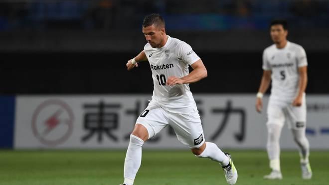 Lukas Podolski feiert mit Vissel Kobe den japanischen Pokalsieg