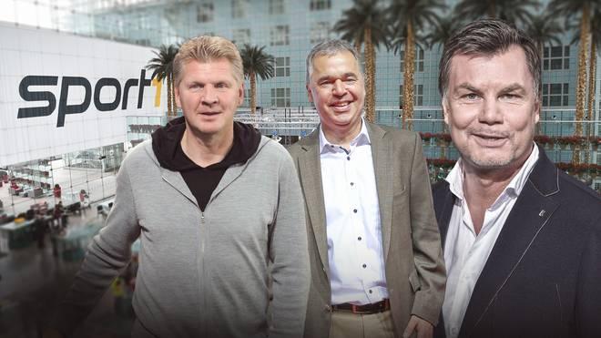 Andreas Rettig (M.) und Stefan Effenberg (l.) sind im Doppelpass bei Thomas Helmer zu Gast