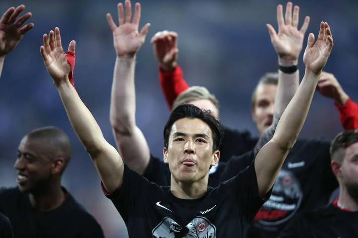 Makoto Hasebe ist ein Bundesliga-Urgestein und Publikumsliebling bei Eintracht Frankfurt. Gegen den FSV Mainz 05 lief er nun zum 309. Mal in Deutschlands höchste Spielklasse auf - Rekord