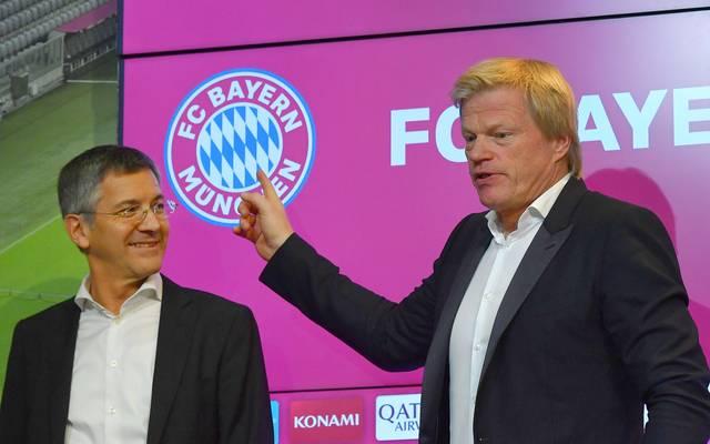 Oliver Kahn während seiner Vorstellung beim FC Bayern