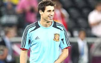 2007 gewann Martinez mit der spanischen U-19-Auswahl die Europameisterschaft in Österreich. Bei Athletic wurde er gleich im ersten Jahr auf Anhieb unumstrittener Stammspieler und bestritt 35 Ligaspiele, davon 32 in der Startelf. 2006/07 erzielte er drei T